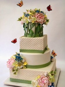 Basketweave-Flower-Wedding-Cake