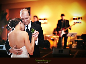 father-and-daughter-wedding-dance-2
