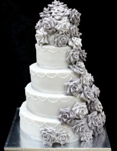 winter-wedding-cake-12