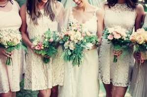 Fall-Rustic-Short-Ivory-Lace-Bridesmaid-Dresses-for-Rustic-Wedding